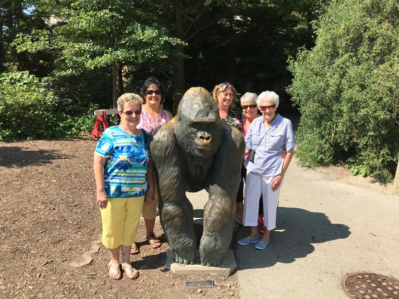 Seniors_at_Zoo_with_Staff